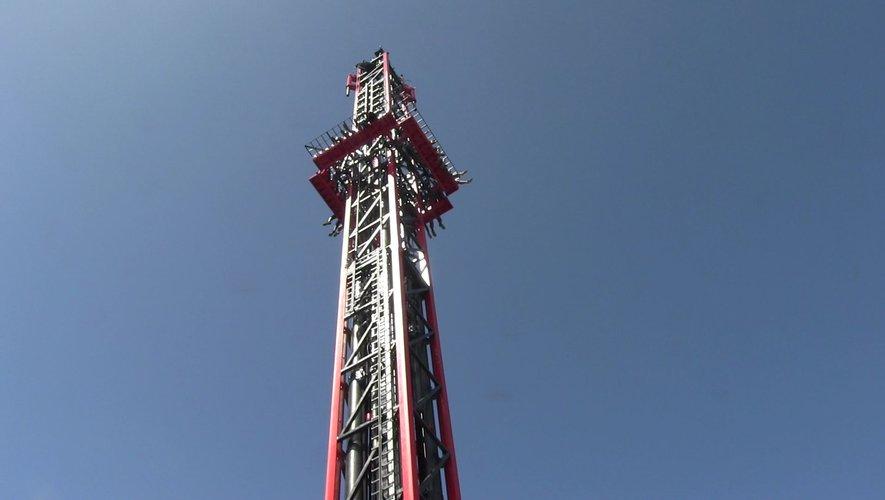 Exclusif : les premières images de Dark Tower, l'attraction choc du parc Walibi d'Agen - ladepeche.fr
