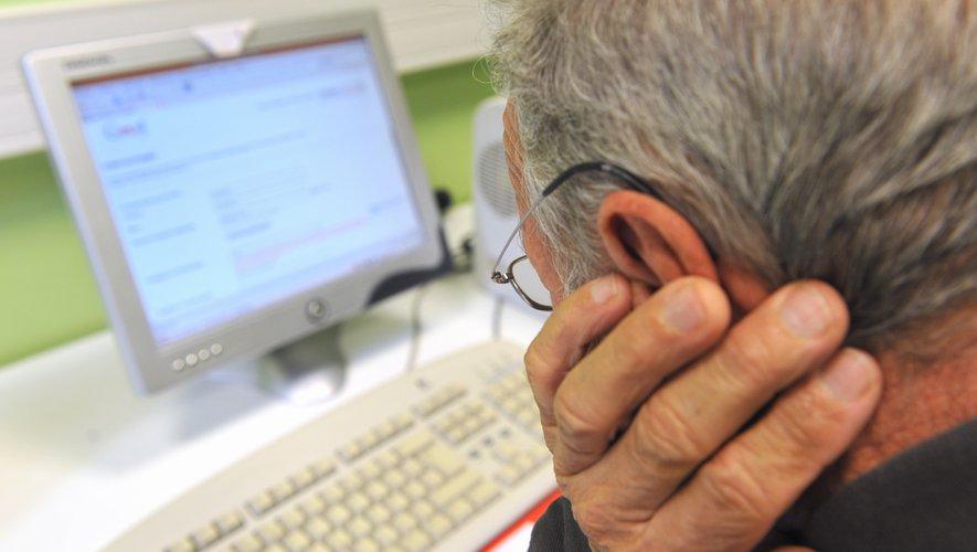 Lutter contre la fracture numérique des seniors - ladepeche.fr