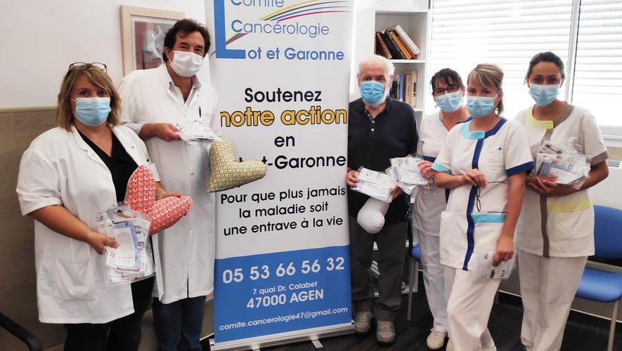 Le comité de cancérologie offre coussins et masques