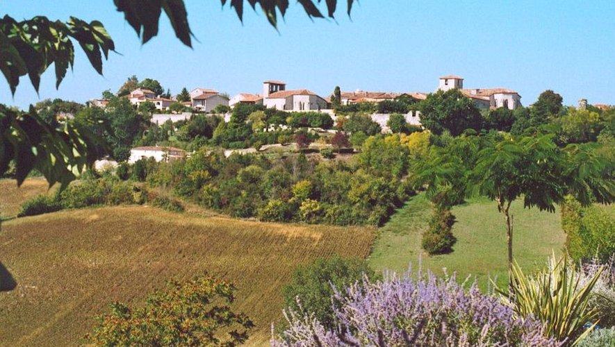 Pujols : plus beau village de France et sentinelle du Villeneuvois