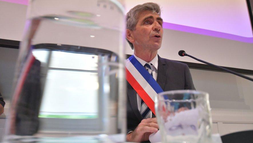 Le nouveau pouvoir d'influence des maires, la Covid-19 et l'Etat, les élections départementales et régionales, Chollet, Borderie, Bousquet... Jean Dionis dit tout