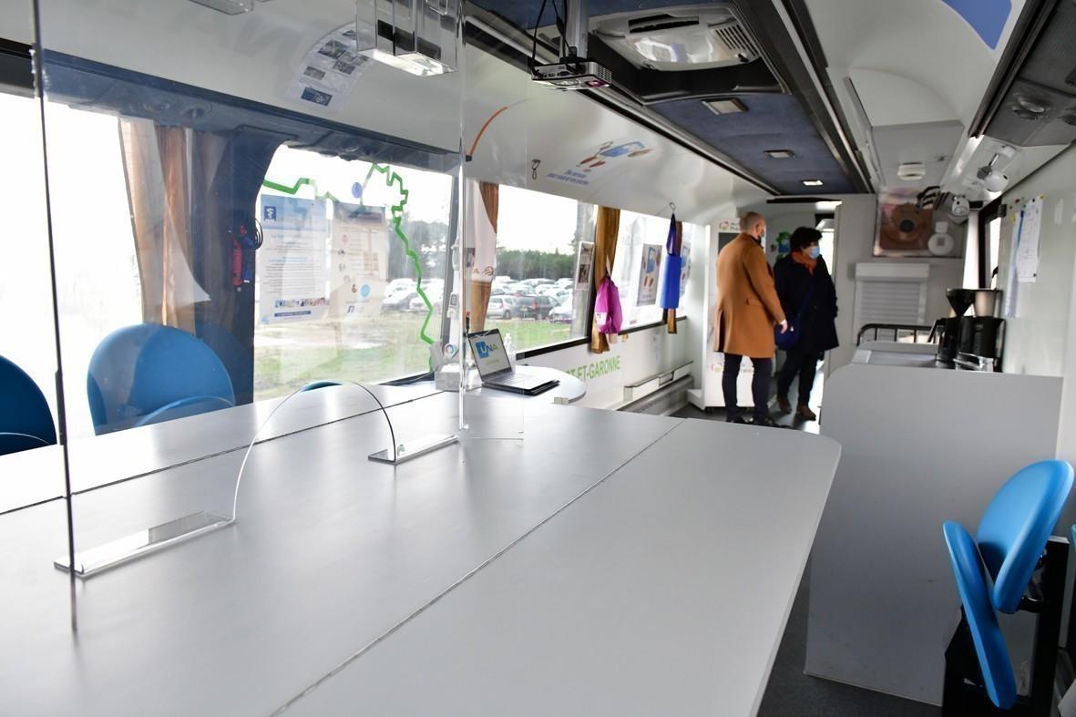 Lot et Garonne. Covid : le bus se transforme en centre de vaccination mobile